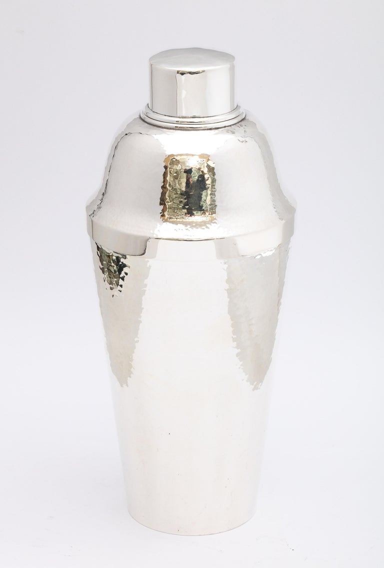 Art Deco Sterling Silver '.950' Cocktail Shaker by Suzuyo For Sale 3
