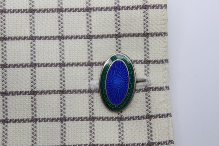 Art Deco Sterling Silver and Enamel Royal Blue and Green Cufflinks In Good Condition For Sale In Lexington, KY