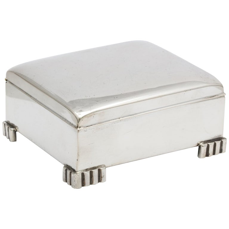 Art Deco Sterling Silver Footed Table Box With Hinged Lid For Sale
