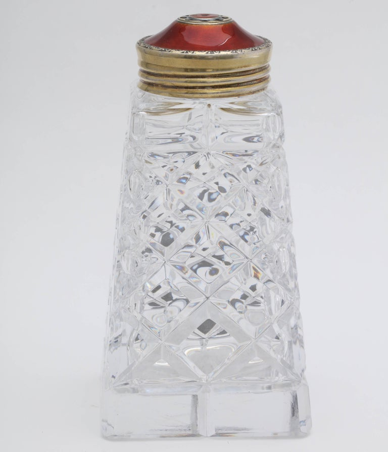 Art Deco Sterling Silver-Gilt and Red Guilloche Enamel-Mounted Sugar Shaker For Sale 3