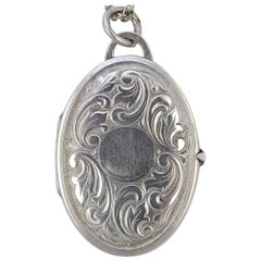 Art Deco Sterling Silver Leaves Oval Locket with Prince of Wales Chain