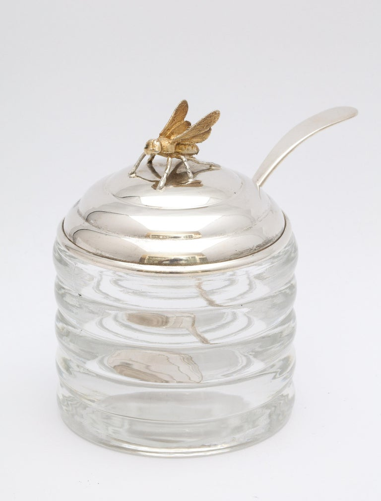 Art Deco Sterling Silver-Mounted Beehive-Form Honey Jar For Sale 3