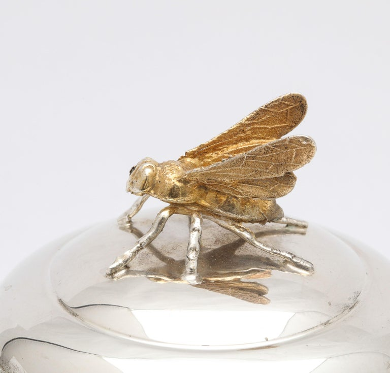 Art Deco Sterling Silver-Mounted Beehive-Form Honey Jar For Sale 1
