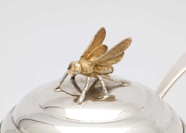 Art Deco Sterling Silver-Mounted Beehive-Form Honey Jar For Sale 2