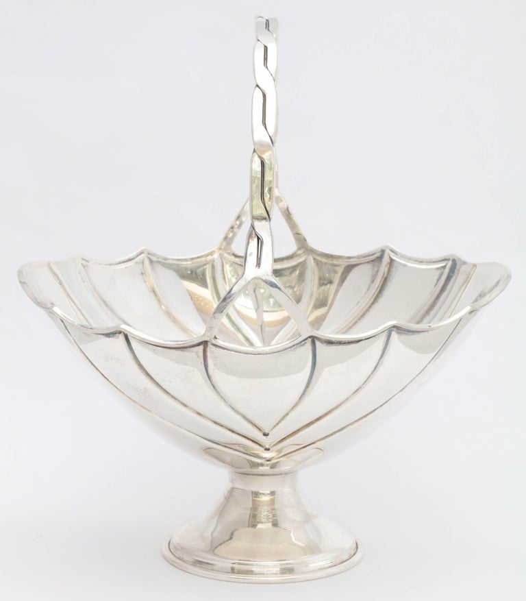 Art Deco Sterling Silver Table Basket on Pedestal Base For Sale 4