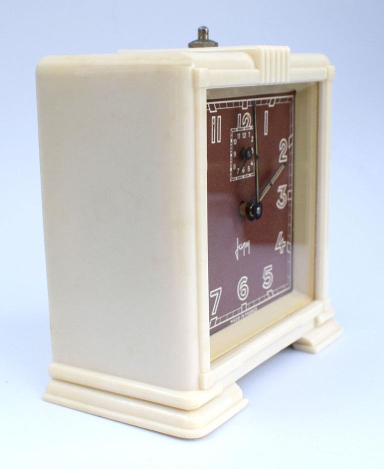 French Art Deco Streamline Cream Bakelite Alarm Clock by Japy, circa 1930 For Sale