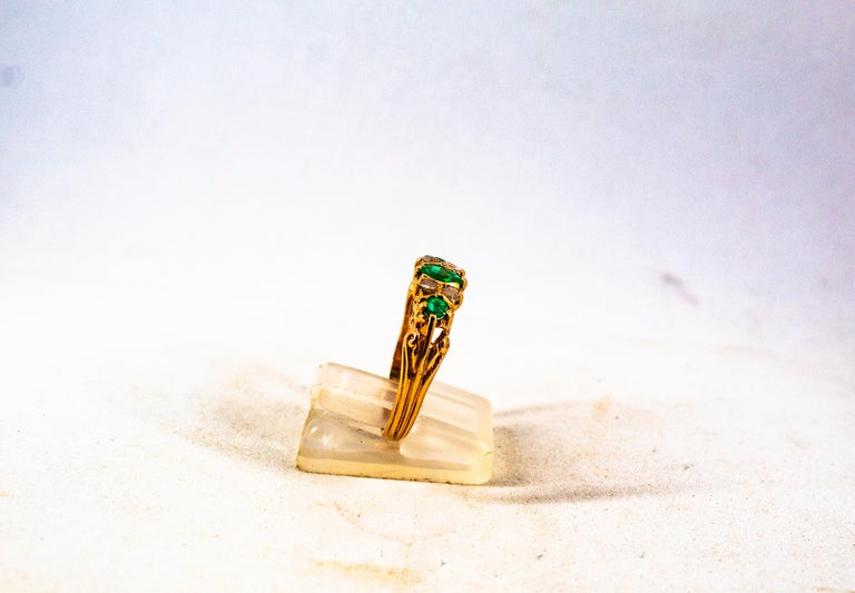 Art Deco Style 0.75 Carat White Rose Cut Diamond Emerald Yellow Gold Band Ring For Sale 6