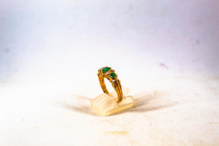 Art Deco Style 0.75 Carat White Rose Cut Diamond Emerald Yellow Gold Band Ring For Sale 8