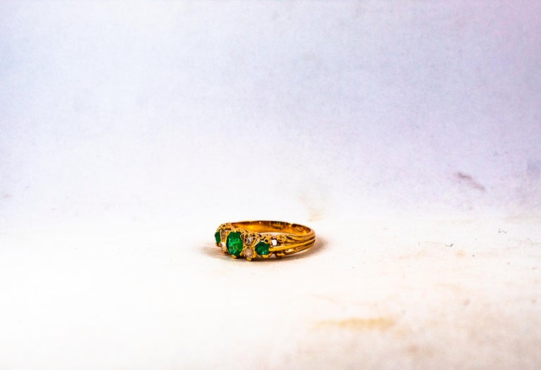 Art Deco Style 0.75 Carat White Rose Cut Diamond Emerald Yellow Gold Band Ring For Sale 12