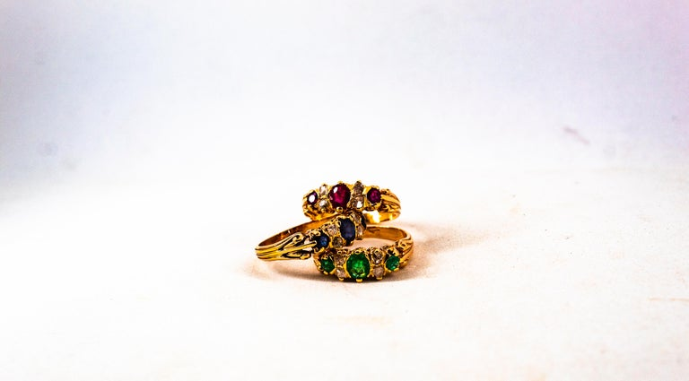 Art Deco Style 0.75 Carat White Rose Cut Diamond Emerald Yellow Gold Band Ring For Sale 1