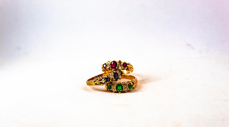 Art Deco Style 0.75 Carat White Rose Cut Diamond Emerald Yellow Gold Band Ring For Sale 2