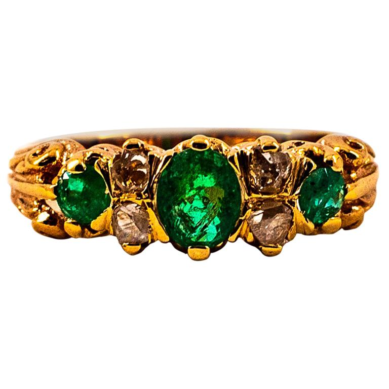 Art Deco Style 0.75 Carat White Rose Cut Diamond Emerald Yellow Gold Band Ring For Sale