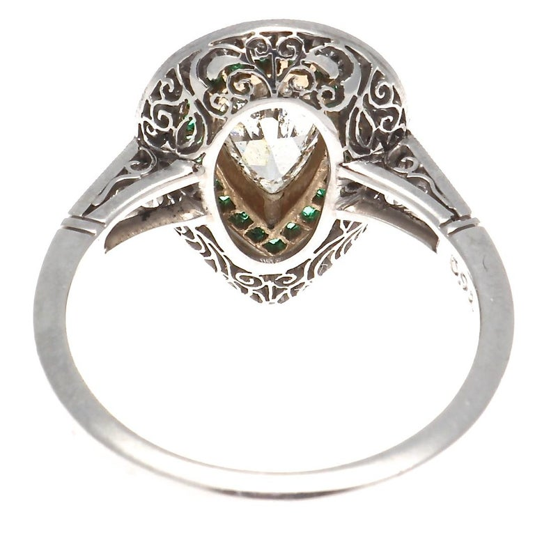 Art Deco Style 1 Carat Old Pear Shaped Diamond and Emerald Platinum Ring In New Condition For Sale In Beverly Hills, CA