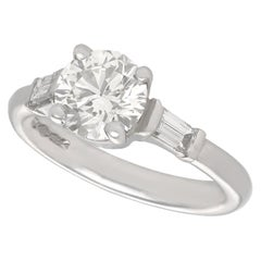 Art Deco Style 1.05 Carat Diamond and Platinum Solitaire Engagement Ring