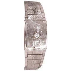 Art Deco Style 14 Karat White Gold Eloga Ladies Wristwatch with 17 Jewels