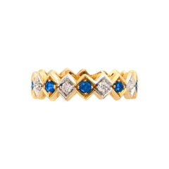 Art Deco Style 18 Karat Gold 0.16 Karat Sapphire 0.08 Karat White Diamond Ring