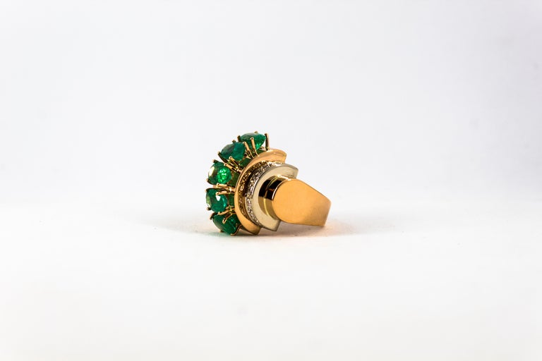 Art Deco Style 4.30 Carat White Diamond Emerald Yellow Gold Cocktail Ring For Sale 5