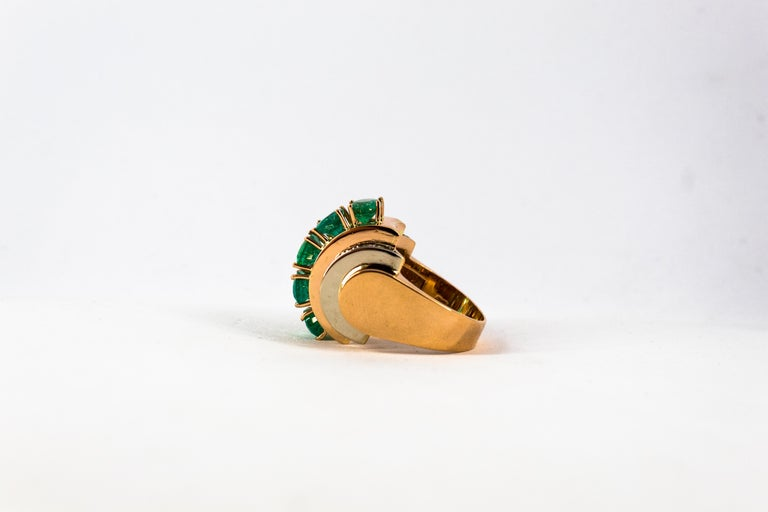 Art Deco Style 4.30 Carat White Diamond Emerald Yellow Gold Cocktail Ring For Sale 6