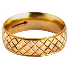 Art Deco Style 9 Carat Gold Fancy Band