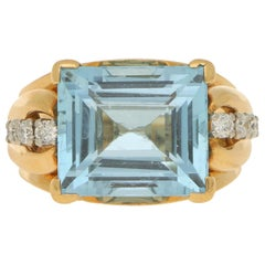 Art Deco Style Aquamarine and Diamond Cocktail Dress Ring Set in 18 Karat Gold