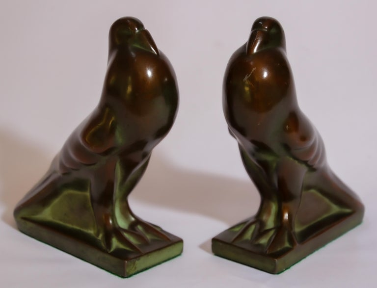Art Deco Style Cast Bronze Birds Bookends In Good Condition For Sale In North Hollywood, CA