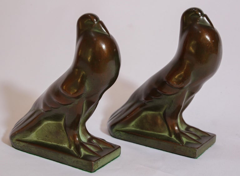 20th Century Art Deco Style Cast Bronze Birds Bookends For Sale