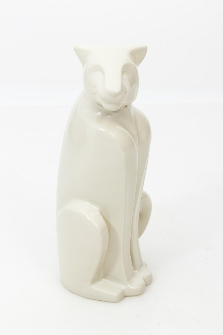 Art Deco Style Ceramic Panther Sculpture by Haeger In Good Condition For Sale In Stamford, CT