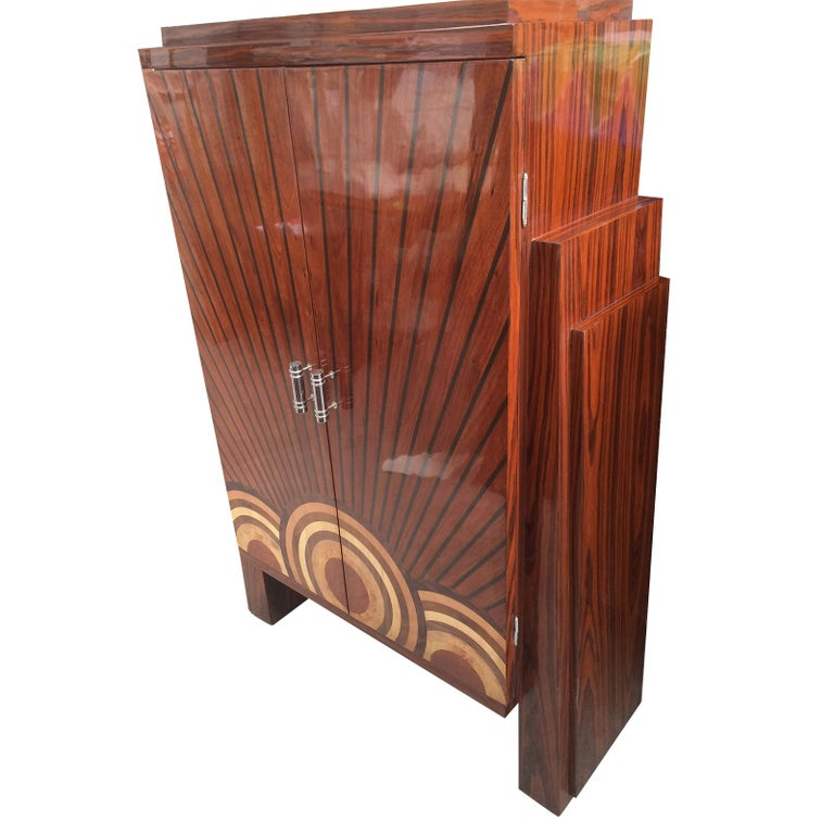 Late 20th Century Art Deco Style Cocktail Cabinet Dry Bar  For Sale