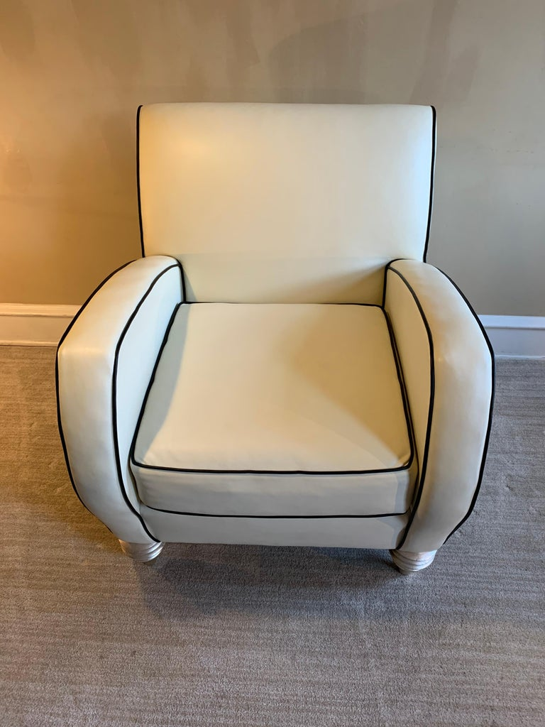 Art Deco Style Cream Leather Club Chair by Larry Laslo for Directional For Sale 1