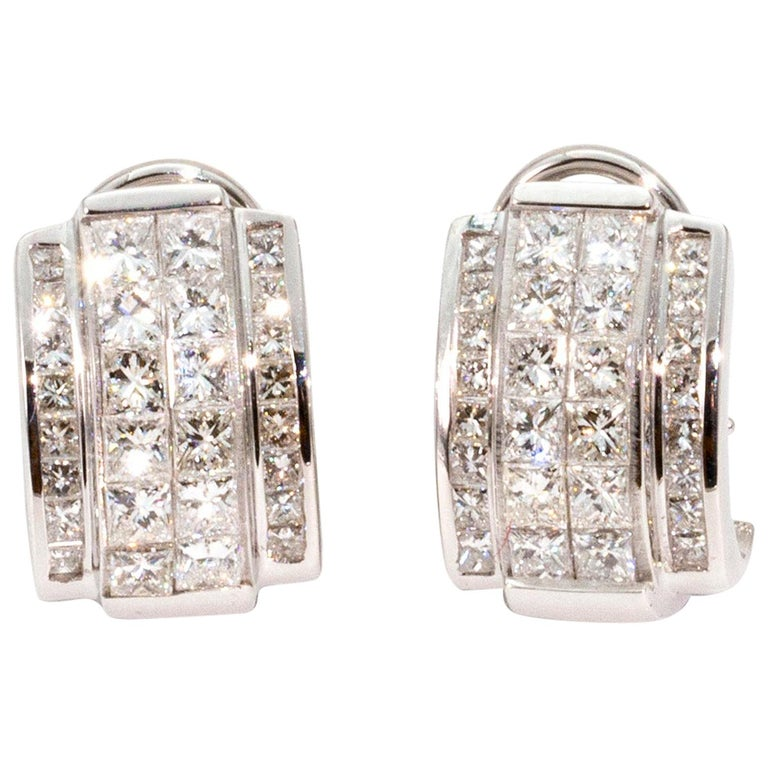 Art Deco Style Diamond and 14 Carat White Gold Earrings For Sale