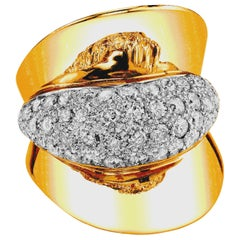 Art Deco Style Diamond and 18 Karat Yellow Gold Ring, 2.53 Carat Total Weight