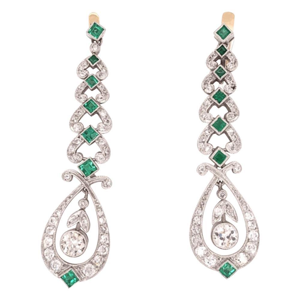 Art Deco Style Diamond and Emerald Platinum Dangle Earrings Estate Fine Jewelry
