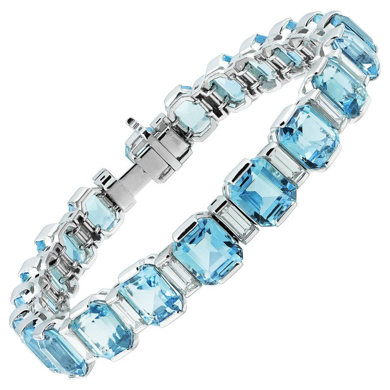 Art Deco Style Emerald Cut Aquamarine 34.0 Ct & Diamond Line Bracelet, Platinum For Sale