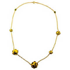 Art Deco Style Handcrafted 30.50 Carat Peridot Yellow Gold Drop Necklace
