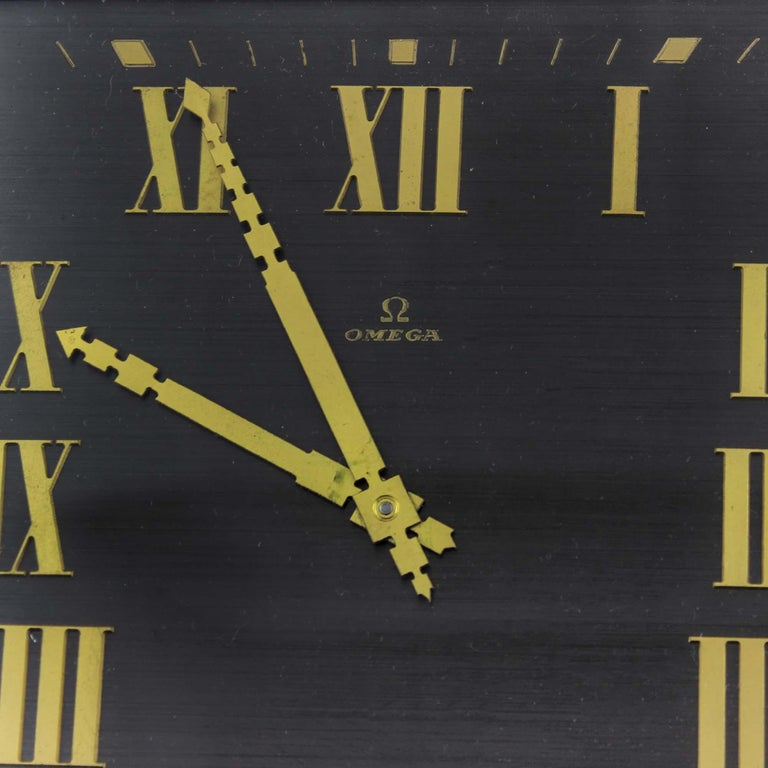 Art Deco Style Omega Silver Plate Table/Desk Clock with 8 Day Movement In Good Condition For Sale In Braintree, GB