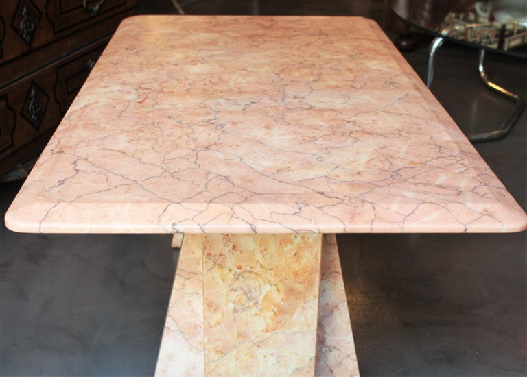 Art Deco Style Pink Marble Coffee Table, Italy, 1930s For Sale 7