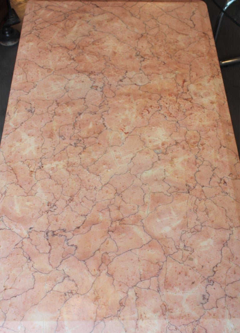 Art Deco Style Pink Marble Coffee Table, Italy, 1930s For Sale 3