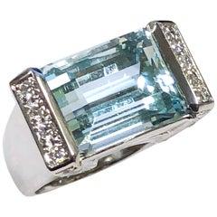 Art Deco Style Platinum Aquamarine and Diamond Ring