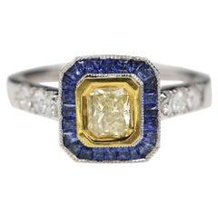 Art Deco Style Ring 18 Karat White Gold Blue Sapphire & Light Yellow Diamond