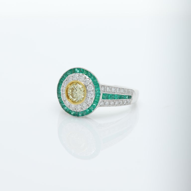 Art Deco Style Ring Emerald and Diamonds 18 Karat White Gold and Yellow Diamond In New Condition For Sale In Brooklyn, NY
