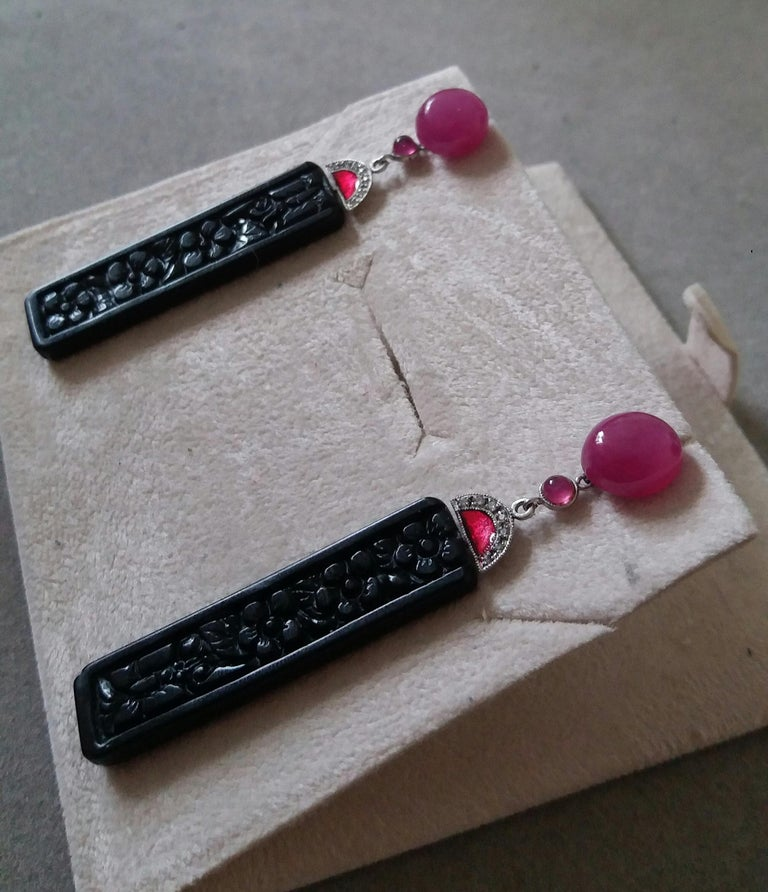 Art Deco Style Ruby Cab Gold Diamonds Red Enamel Carved Black Onyx Bar Earrings For Sale 2