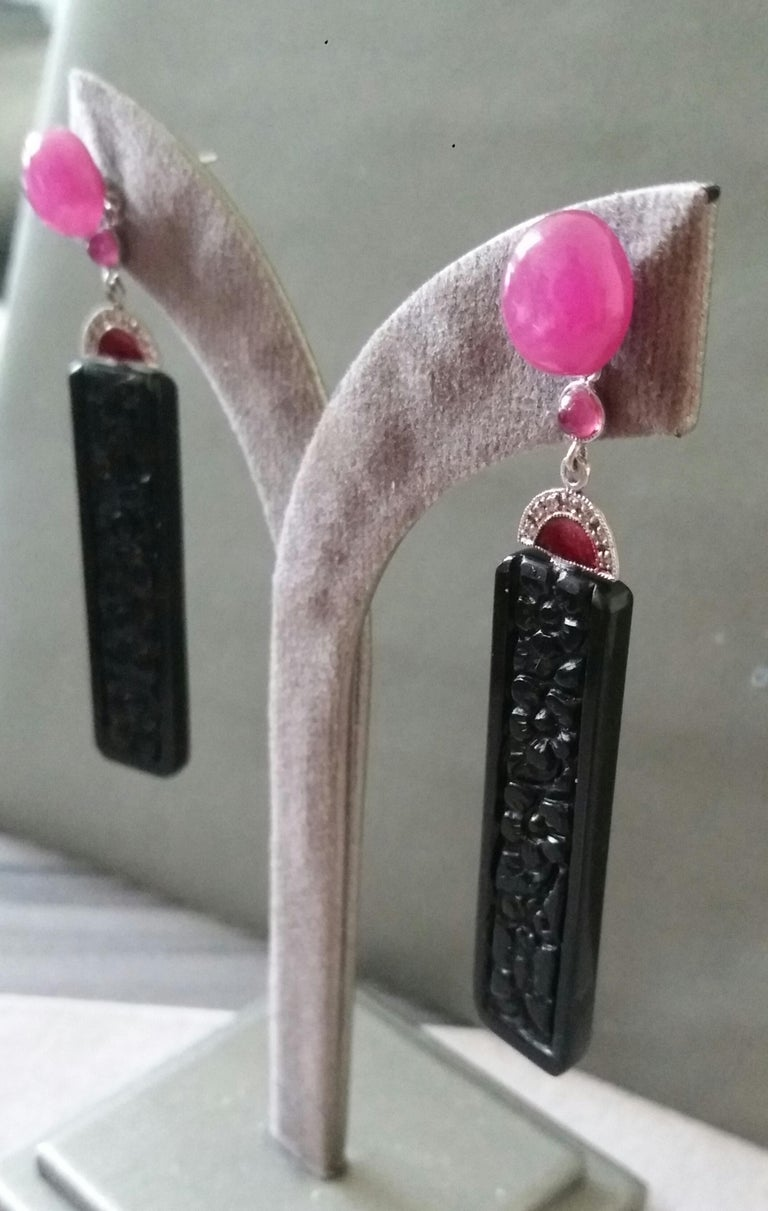 Art Deco Style Ruby Cab Gold Diamonds Red Enamel Carved Black Onyx Bar Earrings For Sale 3
