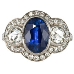 Art Deco Style Sapphire Diamond 18 Karat White Gold Ring
