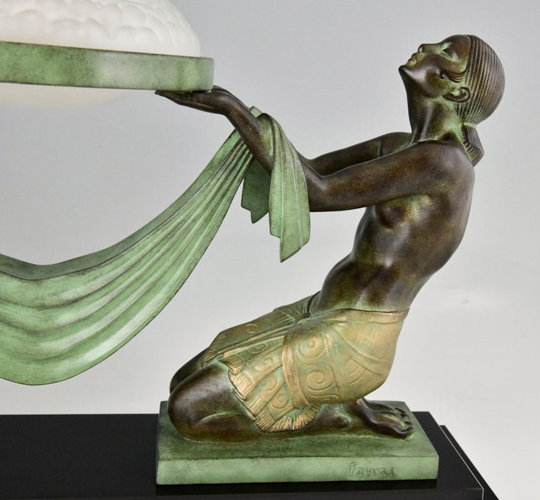 Art Deco Style Table Lamp with Two Kneeling Nudes by Fayral for Max Le Verrier For Sale 3