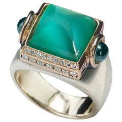 Art Deco Style Ugolini 18Karat Gold 0.20Karat Diamond Agate Cocktail Design Ring