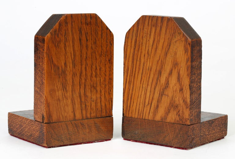Metalwork Art Deco Stylish Pair of Wooden Mounted Golfing Bookends For Sale