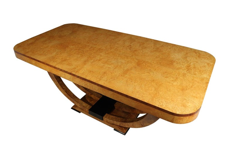 Art Deco Table in Burr Elm French, circa 1930 For Sale 1