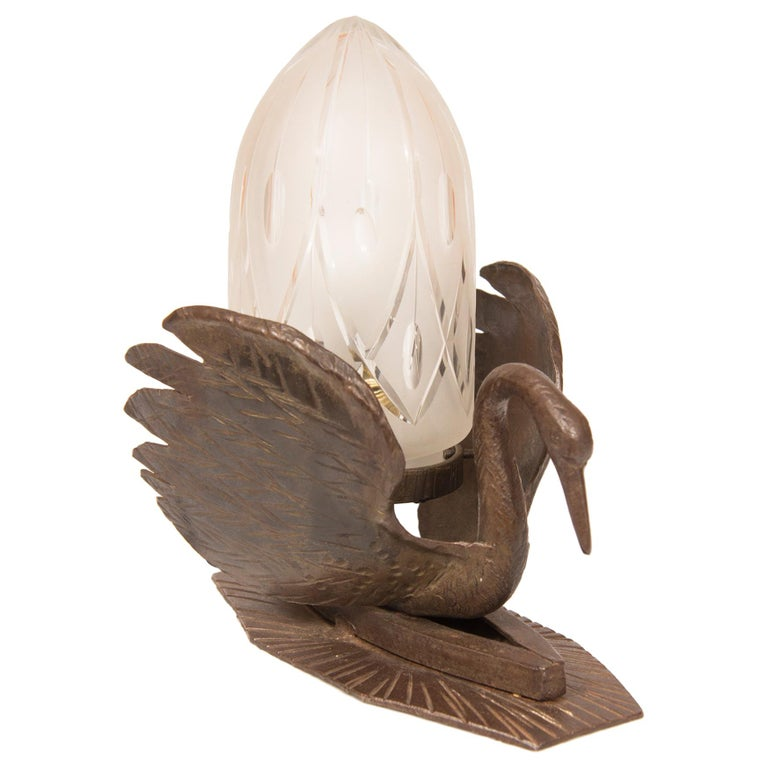 Art Deco Table Lamp Bronze in the Form of a Swan For Sale