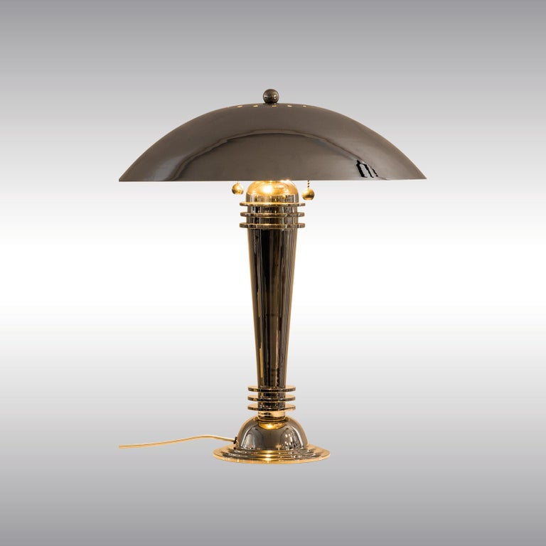 Two Original Art Deco Table Lamps Vintage from 1925 Brass, Nickel-Plated In Excellent Condition For Sale In Vienna, AT