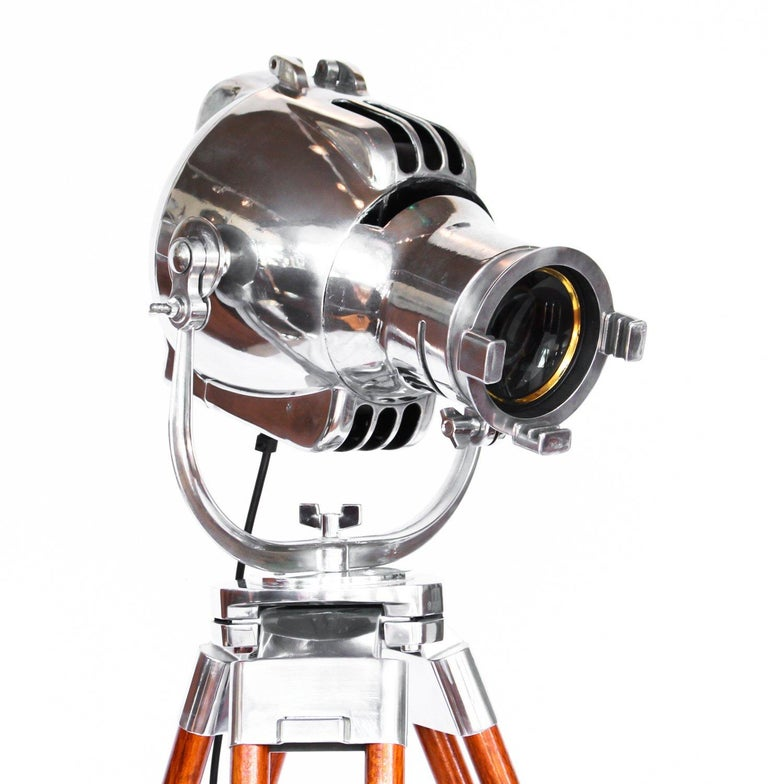 Art Deco Theatre Light In Good Condition For Sale In Forest Row, East Sussex